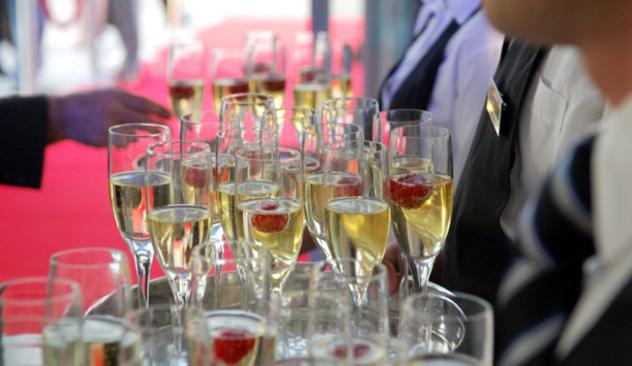 Champagne_20og_20jordb_C3_A6r.jpg